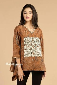Batik Gaya Batik Fashion, Fashion Fabric, Ethnic Fashion, Fashion Prints, Womens Fashion, Blouse Batik, Batik Dress, African Fashion Dresses, African Dress
