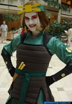 """""""Cosplay of a Kioshi warrior, Photographer: Eurobeat King"""" (Love this pic! Avatar Costumes, Avatar Cosplay, Epic Cosplay, Cool Costumes, Cosplay Ideas, Cosplay Costumes, Suki Avatar, Avatar Kyoshi, Avatar The Last Airbender"""
