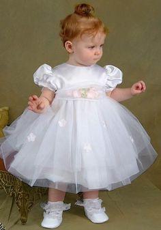 baby girl dresses for weddings Baby Girl Christening, Christening Gowns, Fashion Kids, Toddler Dress, Baby Dress, Baby Gown Design, Little Girl Dresses, Flower Girl Dresses, Blessing Dress