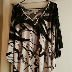 Dress Barn Plus Size Top Excellent condition black and white top with flowing sleeves. Great for work or evening.  Non smoking home. Dress Barn Tops Blouses