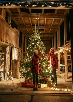 A Country Christmas 2021 190 Country Christmas Ideas In 2021 Country Christmas Christmas Christmas Art
