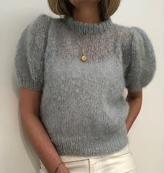 Ravelry: Maipuffbluse mohair edition pattern by Siv Kristin Olsen Crochet Woman, Knit Crochet, Chenille, Mode Outfits, Mode Inspiration, Simple Outfits, Sweater Weather, Ravelry, Knitwear