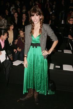 See the French model's best style moments. Chanel Fashion Show, Dior Fashion, Couture Fashion, Womens Fashion, Paris Fashion, Lou Douillon, Balenciaga Spring, Charlotte Gainsbourg, Designer Jumpsuits