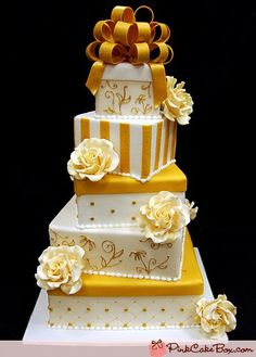 Art Cake Nj : 50th anniversary cake. This would be beautiful with Mom s ...
