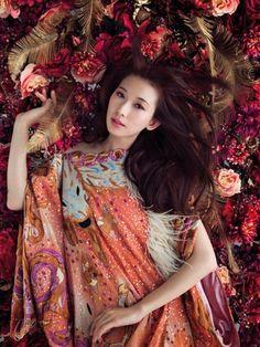Mika Ninagawa for Vogue Taiwan - FLOWER IN FASHION