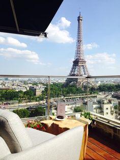 Rooftop bars -hotel paris Shangri la rooftop lounge