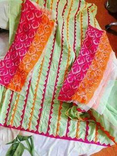 Pakistani Dresses Casual, Pakistani Dress Design, Indian Dresses, Stylish Dress Designs, Stylish Dresses, Dresses For Work, Applique Designs, Embroidery Designs, Ladies Kurti Design