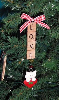 Scrabble ornaments - note to self: check for old Scrabble game at the thrift store!