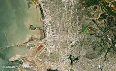Maps of Oakland CA | ... .com aerial map of Oakland and Emeryville, CA Alameda countyAHLV2028