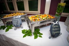 Buffet doesn't mean boring or bland! #elegantbuffets #rusticelegance #countrycharm #thelodge