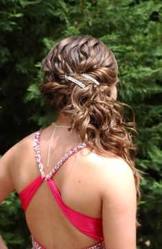 curly hair www.haarmonysalonandstudio.com Katie Harivel's Prom Hair