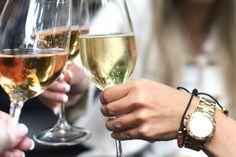 Er zijn 2 soorten vrouwen in de wereld: De witte en de rode wijn drinker. Ben jij een rode of witte wijndrinker?