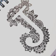 Monogram letter J in black and white zentangle art sharpie Mandala Doodle, Mandala Art Lesson, Easy Mandala Drawing, Sharpie Drawings, Sharpie Art, Pencil Art Drawings, Art Drawings Sketches, Sharpie Doodles, Pen Doodles