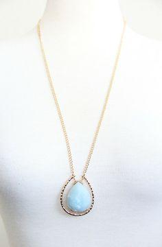 Sky Blue Pendulum Necklace Set