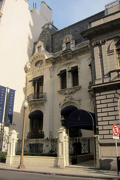 La casa de marca Polo Ralph Lauren, antes de que se fuera de la Argentina, barrio de Recoleta, Buenos Aires, Argentina