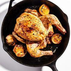 Roast Chicken Recipes, Garlic Recipes, Chicken Salads, Recipe Chicken, Healthy Chicken, Roast Chicken Dinner, Chicken Meals, Lemon Chicken, Sans Gluten