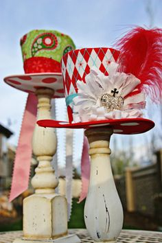 Mad Hatter Hats - centerpieces for an Alice in Wonderland tea party Mad Hatter Party, Mad Hatter Tea, Mad Hatters, Alice Tea Party, Alice In Wonderland Tea Party, Were All Mad Here, Party Hats, Party Time, Recycling