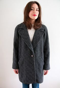 Named Clothing - Yona Wrap Coat pattern Coat Patterns, Clothing Patterns, Sewing Patterns, Sewing Ideas, Named Clothing, How To Make Clothes, Making Clothes, Tailored Coat, Sewing Blogs