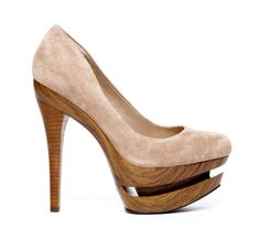 CARLYLE cut out pumps :}