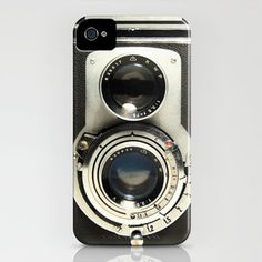 This vintage iPhone case is so cool!