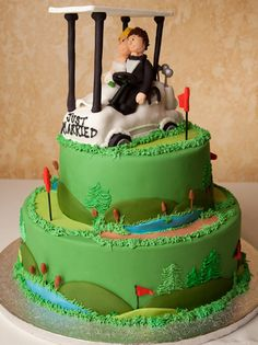 Lunds and Byerly's Wedding Cakes  - Tee for Two -    This golf-themed cake is perfect for a groom's dinner. For a fun dynamic couple showing off some of their shared hobbies.