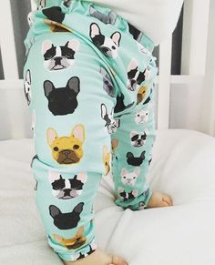 IG: @babalusbylucy SHOP: http://ift.tt/1qkR09A PROMO: HELLOLOVE25 // 25% off everything in the shop // good for 1 month!  These INSANELY CUTE bulldog leggings sold out so fast the first time they were released...and so @babalusbylucy has opened up preorders again! GO NOW! Bulldogs not your thing? Many more amazing prints in shop! and all are 25% off with the #discount above!  #handmade #handmadewithlove #bestofhandmade #leggings #handmadeleggings #bulldog #frenchbulldog #bulldoglove…