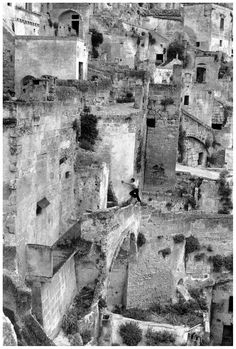 Henri Cartier Bresson, Matera, Italy, 1973.