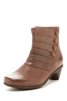 """Legend Avantgarde Bootie in brushed macadamia leather by NAOT $220 - ($107) $110 @HauteLook.  - Round toe - Side zip closure with goring trim - Shaft button trim accents - Leather construction - Stacked heel - Approx. 5"""" shaft height, 9"""" opening circumference - Approx. 2"""" heel Euro. Sizing: 35=4, 36=5, 37=6, 38=7, 39=8, 40=9, 41=10, 42=11 Leather upper, rubber sole"""