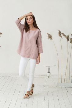 Linen top in dusty rose colour. Oversized loose fit by MagicLinen
