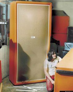 Orange 24x12 speaker cabinet !!