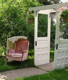 11 Gorgeous Garden Arbors Made From Old Doors – Page 2 – Off Grid World