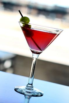 X-Rated Moscato Martini by Best of the Menu #SoEatingThis #houlihans