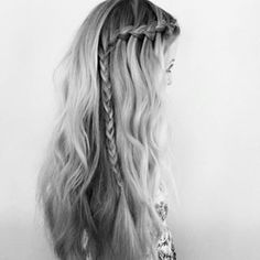 i feel like this should be such an easy style to do. BUT ITS SO DIFFICULT!