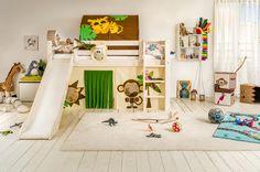 Micasa Kinderzimmer mit Halbhochbett und Bücherregal aus dem Programm FLEXA Lit Simple, Toddler Bed, Sweet Home, Kids Rugs, Furniture, Home Decor, Blog, Child Room, Bed Frames
