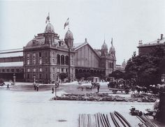 The Western Railway Station in 1896 - Budapest, Hungary Old Pictures, Old Photos, Vintage Architecture, Budapest Hungary, Historical Photos, Homeland, Paris Skyline, Taj Mahal, Berlin