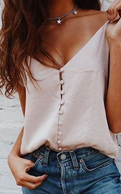 Perfect Summer Look - Latest Casual Fashion Arrivals. The Best of summer fashion in 2017.