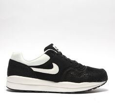 new product 0c232 bdf34 NIKE Air Safari Trainer Mens Trainers, Nike Shoes, Sneakers Nike, Nike Air,