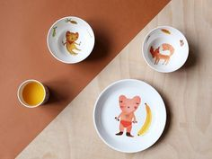 If reaching the end of your meal tends to leave you feeling blue, you might consider getting your hands on some of this cute-as crockery from Donna Wilson.