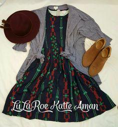 LuLaRoe Katie Aman / LuLaRoe style inspiration/ Fall / Fall Style Inspiration / Fall Fashion / Boots / Booties / Lindsay kimono / Amelia Dress / Hat