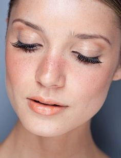Let your natural beauty shine with a light coral stain and a strip of falsies.  20 Beautiful Wedding Makeup Ideas from Pinterest - Daily Makeover