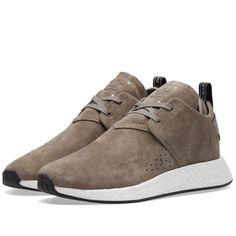 buy online 91ac7 69b2f Michael GrauSchuhe Taschen · Adidas NMD C2 (Simple Brown   Core Black)    END. Taschen, Männermode,