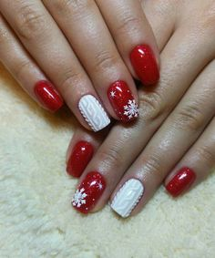 snowflake nails Christmas Nails;holiday nails;Square Christmas Nails;Square Nails;Snowflake Nails;Re Xmas Nails, Holiday Nails, Halloween Nails, Red Christmas Nails, Snow Nails, Trendy Nails, Cute Nails, Christmas Nail Art Designs, Christmas Design