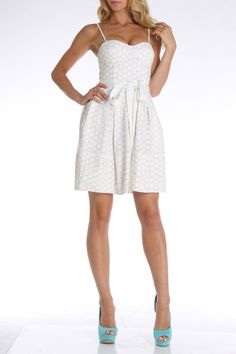 Isaac Mizrahi Athens Dress in White - Beyond the Rack Spring Fever, My Spring, Spring Break, Beyond The Rack, Types Of People, Best Wear, Suits You, Athens, Giveaways
