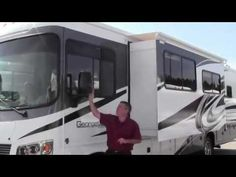 2013 FOREST RIVER GEORGETOWN 327  MOTOR HOME