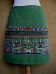 Embroidered Tablecloth Skirt vintage cotton by LUREaLURE on Etsy
