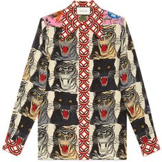 Gucci Tiger Face Print Silk Shirt (€1.650) ❤ liked on Polyvore featuring tops, patchwork top, print shirts, gucci, shirt top and silk print shirts