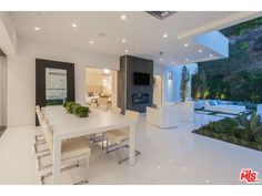 Outdoor Dinning Area | BEVERLY HILLS, CA 90210 | $7,695,000
