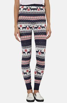 Love these reindeer leggings!!  @Nordstrom  http://rstyle.me/n/dtun6nyg6