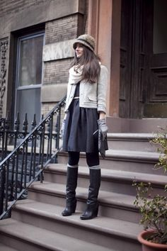 This is proof that it is possible to look chic even when it's chilly!