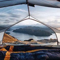 Camping heaven ☁️ Location: Roys Peak, Wanaka, New Zealand Photo: @goldiehawn_  #mostamazinglocations